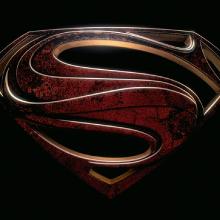 Nolan pede que não comparem O Homem de Aço com os filmes do Batman