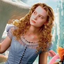 Alice no País das Maravilhas, de Tim Burton, vai ganhar sequência