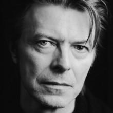 David Bowie comemora aniversário e lança nova música