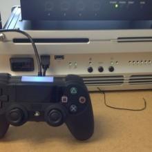 Esse é o controle do PS4?
