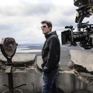 Diretor de Oblivion e roteirista de Círculo de Fogo vão trabalhar em série do AMC