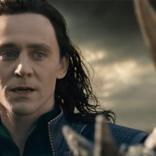 E esse foi aquele dia estranho em que Tom Hiddleston foi o Thor