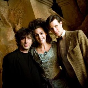 Neil Gaiman vai escrever história de Doctor Who