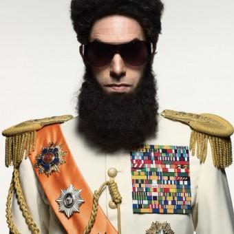 Próximo filme de Sacha Baron Cohen envolverá um hooligan e chega aos cinemas em 2015