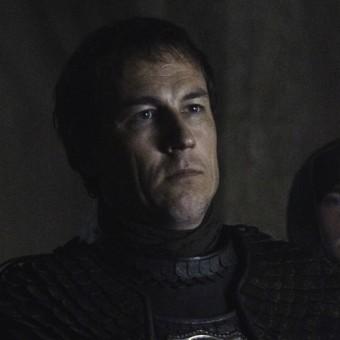 Edmure Tully, irmão de Catelyn, casou com uma das garotas Frey