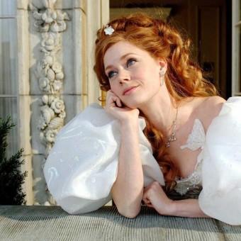 Disney contrata roteiristas e diretora para Encantada 2