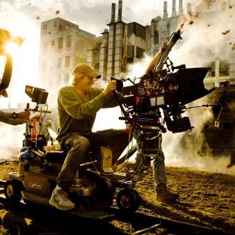 Michael Bay não pensa em dirigir Transformers 5