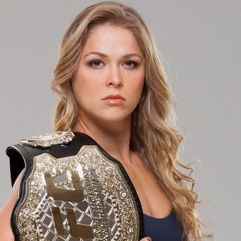 Ronda Rousey acha que ela deveria ser a Mulher-Maravilha nos cinemas
