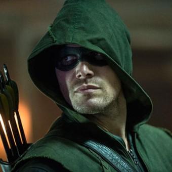 Produtor-executivo de Arrow adoraria ter o Batman na série, mas acha que não vai rolar