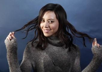 Aubrey Plaza revela interesse em ser a Mulher-Gato nos cinemas