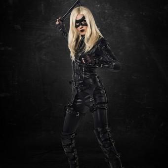 Trilogia de episódios de Arrow transformará Laurel Lance na Canário Negro
