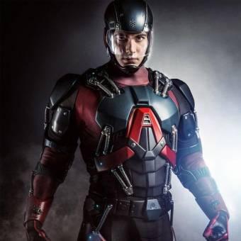 Veja Brandon Routh como Átomo em Arrow