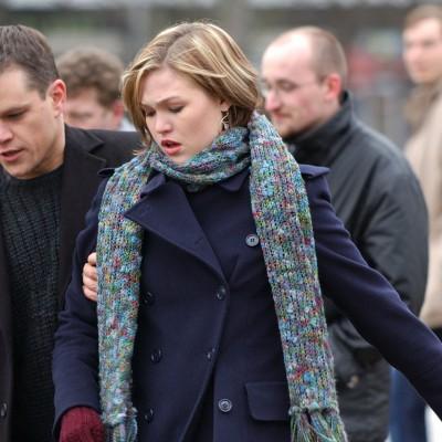 Julia Stiles também retorna para o quinto filme da franquia Bourne