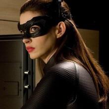 Anne Hathaway reforça desejo de ver um filme próprio da Mulher-Gato