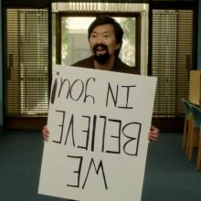 Novo trailer da quarta temporada de Community faz paródia com Duro de Matar