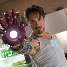 Fã cria bracelete funcional da armadura do Homem de Ferro