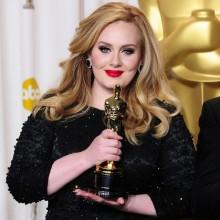 Adele assina contrato para gravar a música do novo 007