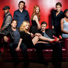 True Blood troca de showrunner para a 6ª temporada