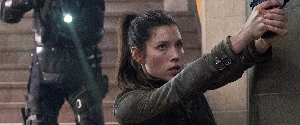 Jessica-Biel-Lara-Croft-Tomb-Raider