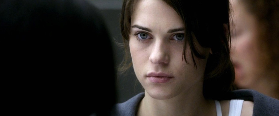 Lyndsy-Fonseca-Lara-Croft-Tomb-Raider