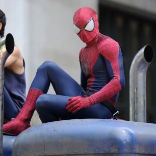 Felicity Jones fala sobre sua personagem e mais imagens de Homem-Aranha 2