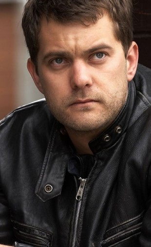 Joshua-Jackson-Actor1-768x1366