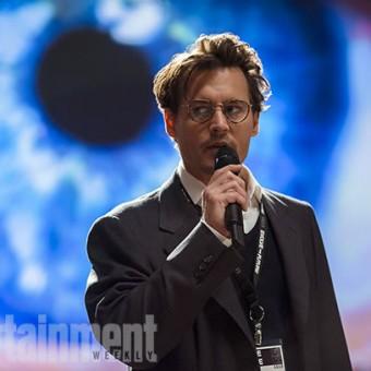 Veja as primeiras imagens de Transcendence, sci-fi com Johnny Depp