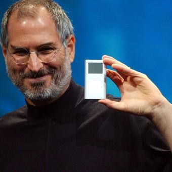 David Fincher pode dirigir a cinebiografia de Steve Jobs escrita por Aaron Sorkin