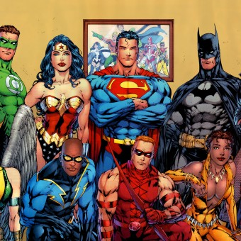 Warner deverá anunciar um novo filme de herói em breve