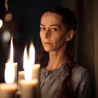 Lysa Arryn, vai casar com Mindinho, irmã de Catelyn