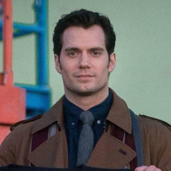 Essa é a primeira imagem de Henry Cavill nos sets de Batman V Superman
