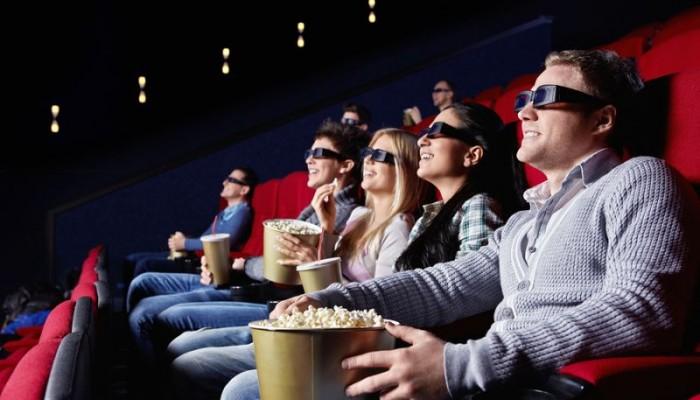 bigstock-people-3D-Cinema-18311384