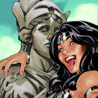 DC libera mais algumas capas com selfies dos seus personagens