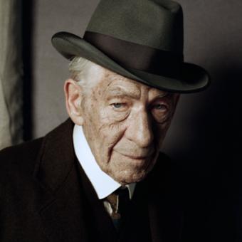 Essa é a primeira imagem de Ian McKellen no papel de Sherlock Holmes
