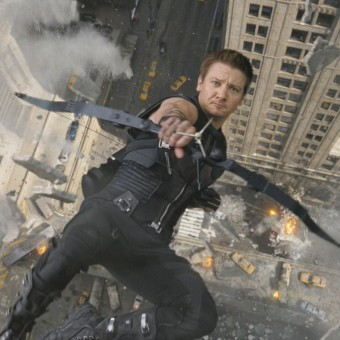 Jeremy Renner diz que o Gavião Arqueiro pode aparecer em Capitão América 3