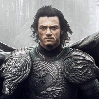 """Universal fez refilmagens de Dracula Untold para filme caber no seu """"monsterverso"""""""