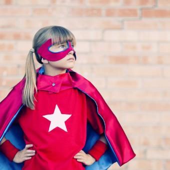Menina de 11 anos escreve carta pra DC reclamando da falta de filmes de heroínas da editora