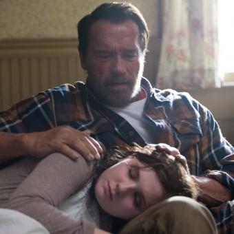 Arnold Schwarzenegger enfrenta zumbis no trailer de Maggie