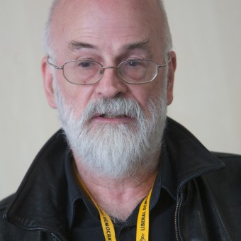Morre Terry Pratchett, aos 66 anos