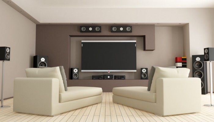 outstanding-white-living-space-wooden-flooring-decorating-interior-modern-home-theater-room-designs-ideas-915x548