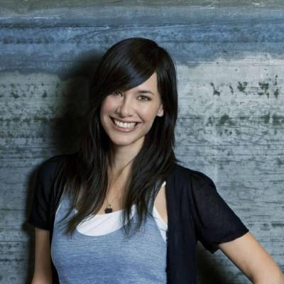 Jade Raymond, ex-Ubisoft, fundou novo estúdio e vai trabalhar em jogo de Star Wars