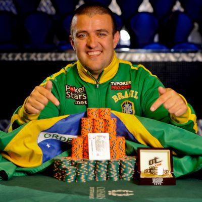 Porque o pôquer está ficando cada vez mais popular na internet